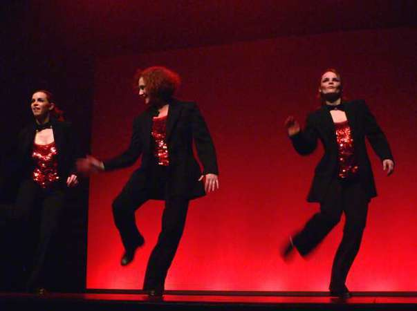 Hello Broadway!  Claquettes, Lindy Hop  et Comédie Musicale à Versailles