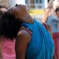 Professeur de danse africaine et contemporaine et Pilates