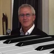 recherche CHANTEUSE  pour Piano Bar en Suisse